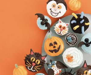 Halloween 2015 : la recette des cupcakes fantômes (vidéo)