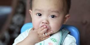 Pourquoi il faudrait éviter de donner du riz à manger aux bébés