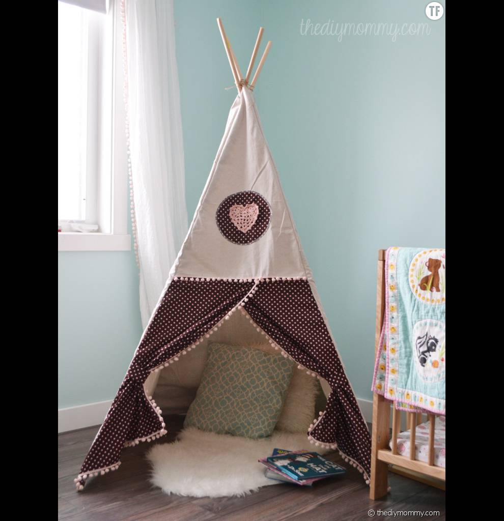 diy pour fabriquer un tipi pour vos enfants terrafemina. Black Bedroom Furniture Sets. Home Design Ideas