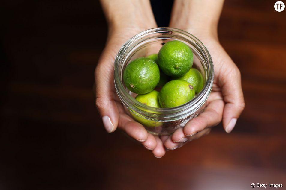 Le citron vert, astuce naturelle pour remplacer le déodorant