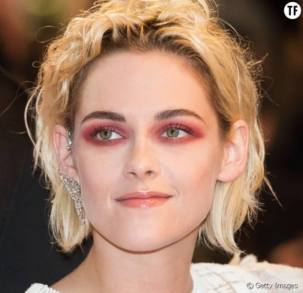 Kristen Stewart et son smokeys eyes rouge