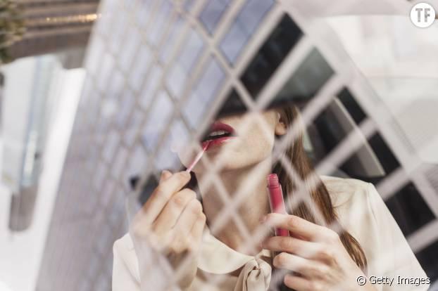 Gagner plus en soignant son apparence : bonne nouvelle ou scandale ?