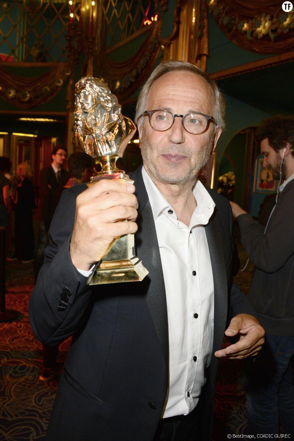 Fabrice Luchini reçoit un Molière d'honneur à la 28ème cérémonie des Molières, le 23 mai 2016