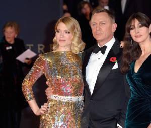 Daniel Craig entouré de Léa Seydoux et Monica Bellucci
