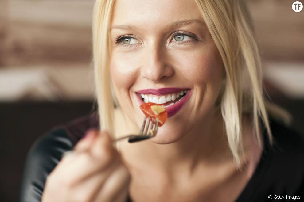 Voici 10 aliments à consommer pour bronzer plus vite.