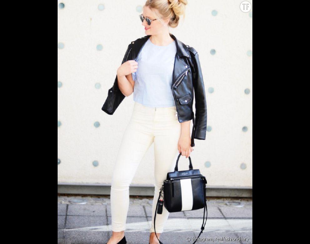 Le pantalon blanc, rock avec un perfecto