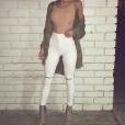 Soirée entre copines? On adopte le pantalon blanc taille haute et le body nude