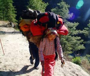 Cette femme de ménage a gravi l'Everest sept fois