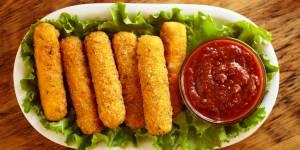 Mozzarella sticks : la recette facile et rapide à 3 ingrédients