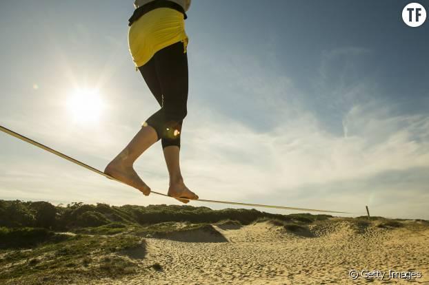 Slackline : un sport d'équilibre très complet qui travaille le physique et le mental