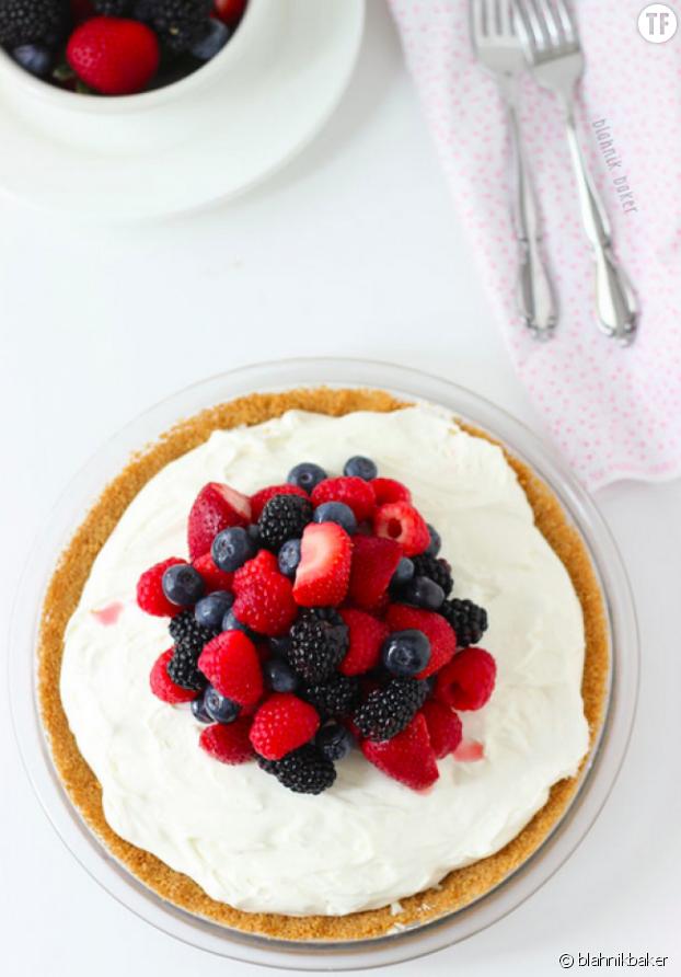 La recette de la succulente tarte au cheesecake et fruits rouges sans cuisson