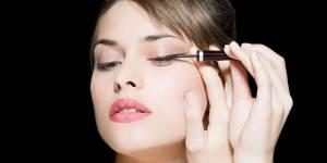 L'eyeliner estompé : la nouvelle tendance makeup qui affole Instagram