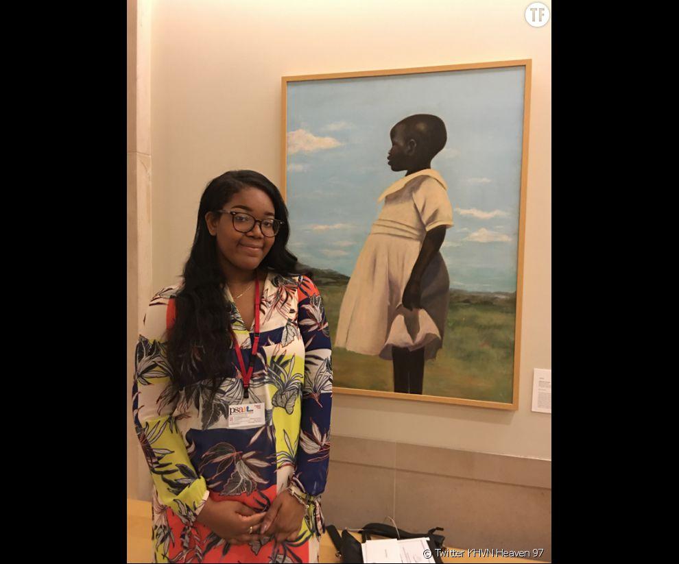 La jeune artiste peintre   Cliffanie Forrester qui a seulement 18 ans est exposée au   Metropolitan Museum of Art (MET)