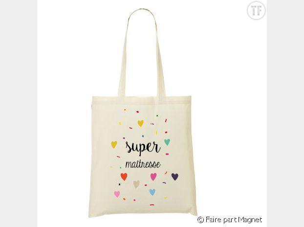 Tote bag super maîtresse, fairepartmagnet.com, 17 euros