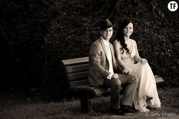Jeunes mariés d'époque
