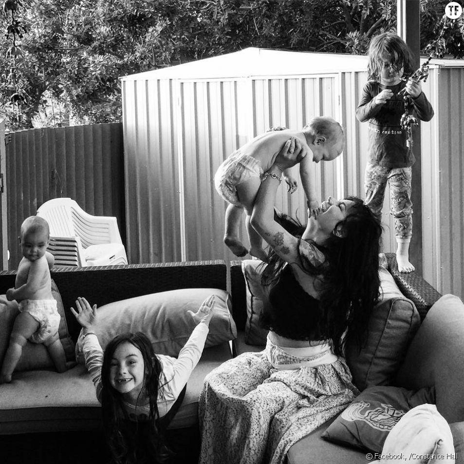 Le joli message Facebook d'une maman à ses amies sans enfants