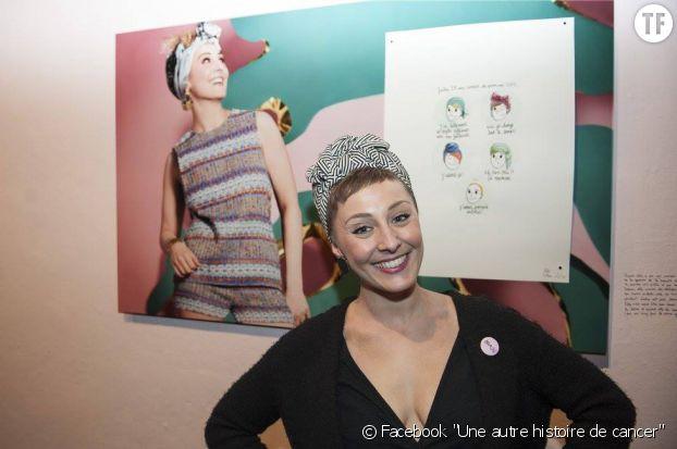Julie, une des modèles de l'exposition Une autre histoire de cancer