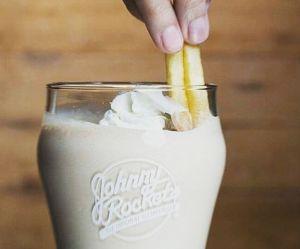 Tremper ses frites dans son milkshake : le conseil food de McDo qui divise