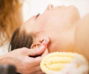 Pourquoi nous devrions nous masser les oreilles tous les jours