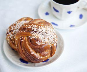 Kanelbullar : la recette suédoise des petites brioches à la cannelle