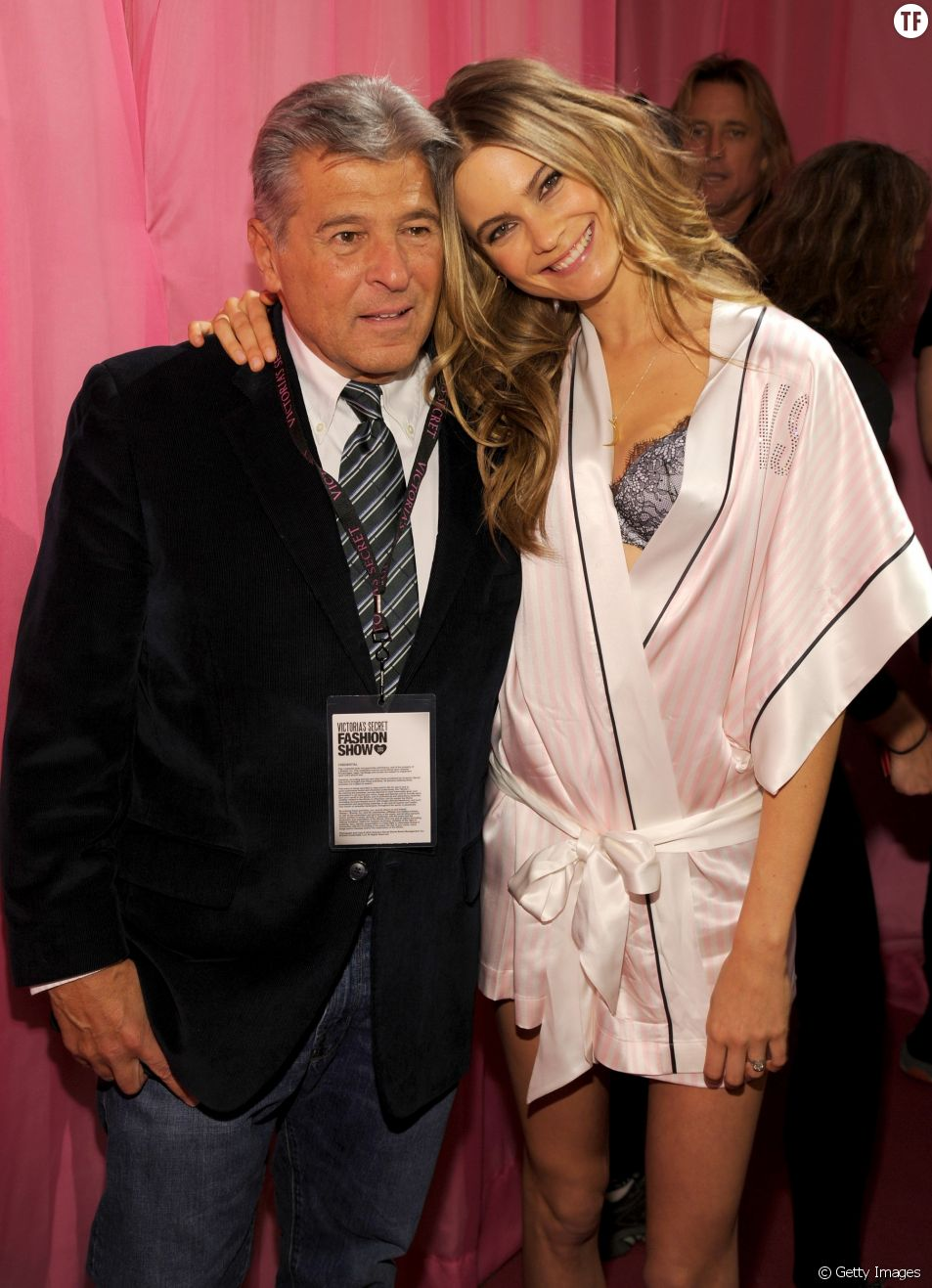 Ed Razek, directeur marketing de Limited Brands, maison mère de Victoria's Secret, et Behati Prinsloo, mannequin.