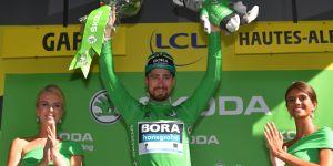 A quand la fin des hôtesses sur les podiums du Tour de France ?