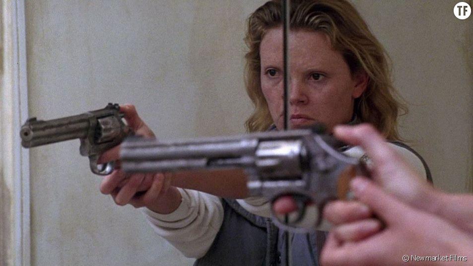 """Monster"" : Charlize Theron incarne la tueuse en série Aileen Wuornos."
