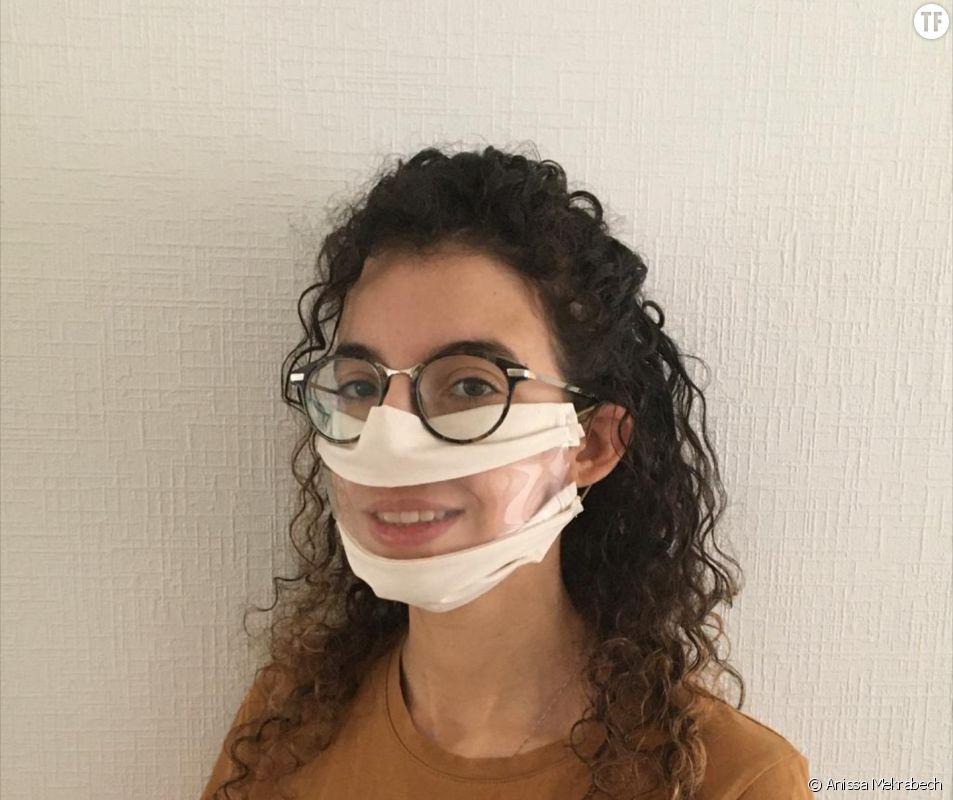 La créatrice du masque inclusif Anissa Mekrabech