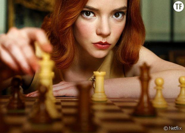 """Anya Taylor‑Joy est la vedette de la série Netflix """"Le jeu de la dame"""", show qui concilie féminisme et jeu d'échecs."""