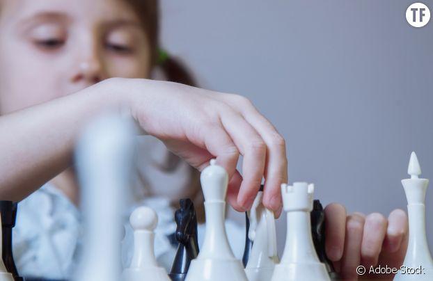 """Le jeu d'échecs est de nouveau tendance grâce au """"Jeu de la dame"""". Et girl power."""