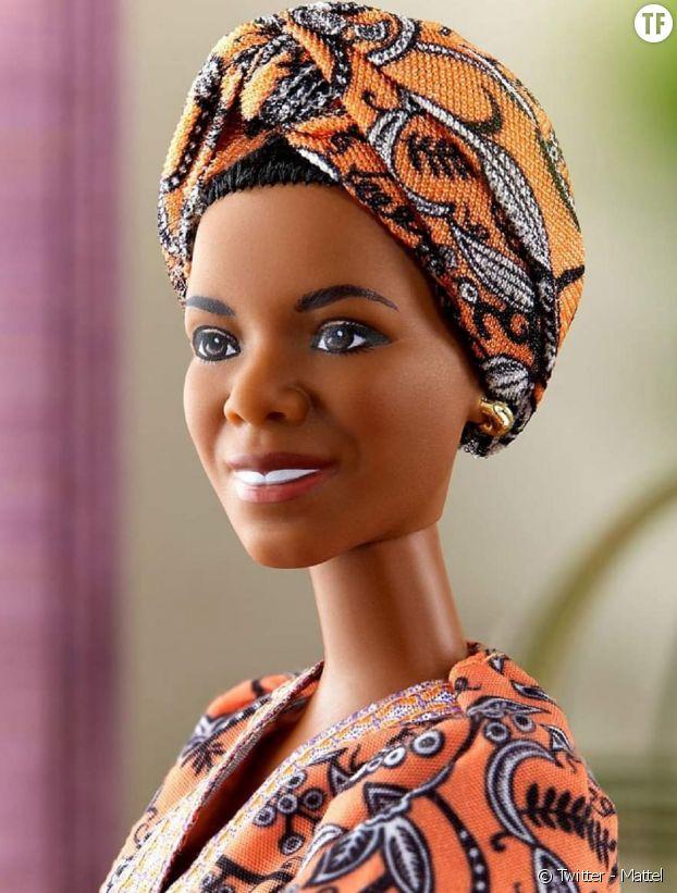 Un jouet collector : la Barbie inspirée par la poétesse et autrice féministe Maya Angelou.
