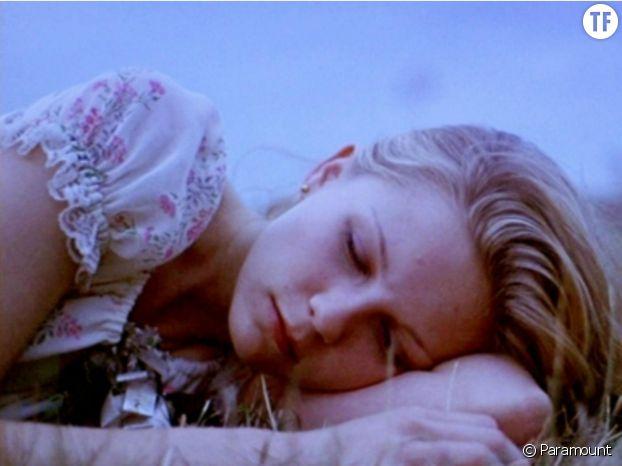 """Kirsten Dunst dans le film """"Virgin Suicides"""" de Sofia Coppola"""