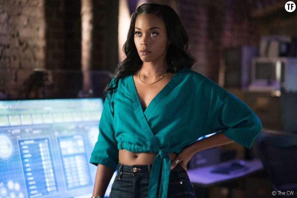 "Nafessa Williams est Thunder, alias Anissa Pierce, supergirl badass de ""Black Lightning""."
