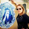 OJA, la street artist qui immortalise dans Paris les icônes de la pop culture