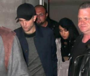 FKA Twigs à la sortie de son concert avec son petit ami Robert Pattinson à New York, le 10 novembre 2014