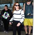Emma Watson arrive à l'aéroport de LAX à Los Angeles, le 22 avril 2015