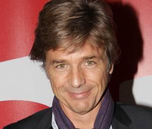"""Guy Lagache le présentateur de """"Enquête Exclusive"""" sur D8"""
