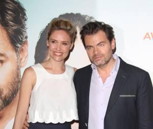 Clovis Cornillac et sa femme Lilou Fogli à la première de leur film Un peu, beaucoup, aveuglément à Paris le 4 mai 2015