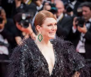 Julianne Moore sur les marches du Festival de Cannes 2015