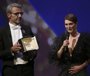 Julianne Moore et Lambert Wilson déclarent le Festival de Cannes 2015 ouvert