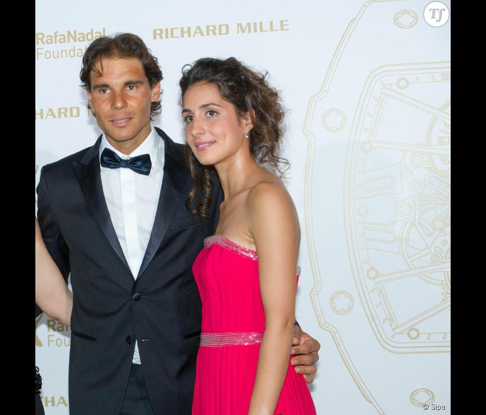 Rafael Nadal et sa compagne Maria Xisca Perello, lors d'un gala de charité.