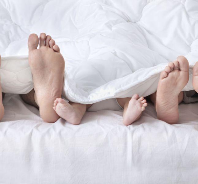 Sexe Apres L Accouchement Combien De Temps Les Femmes Attendent Elles Avant De Refaire L Amour Terrafemina