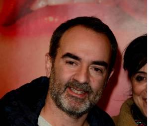 """Bruno Solo à la piece """"Jupe Obligatoire"""" avec Lilou Fogli au Théâtre du Petit Gymnase."""