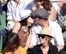 Jean Dujardin et Nathalie Péchalat : heureux et amoureux à Roland Garros (photos)