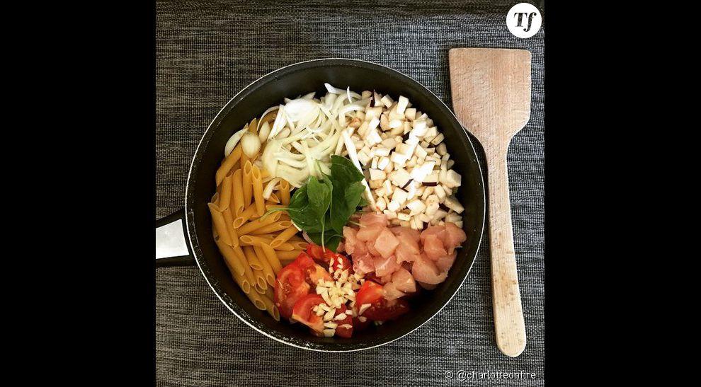 One pot pasta poulet-tomates-oignons