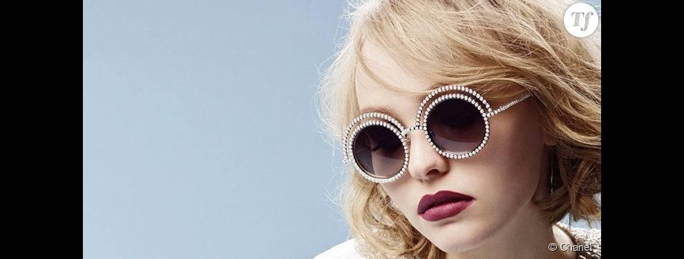 d9b65f155d Lily Rose devient l'égérie des lunettes Perle Chanel en 2015 ...