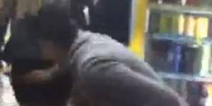 La vidéo d'une agression sexuelle à Cannes retirée de Facebook... après trois jours