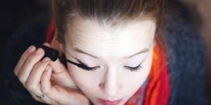 Tightlining : la technique magique pour agrandir son regard en 5 minutes