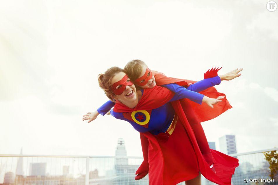 Pourquoi les mamans sont des super-héroïnes