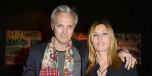Mathilde Seigner (Sam) : heureuse en couple avec son compagnon Mathieu et leur fils Louis